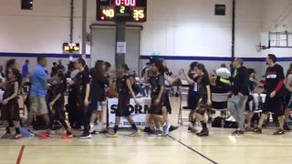 Sabers gets the victory over Pali Waves, 40-35