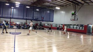 JS Warriors Gold emerges victorious in matchup against Role Model Elite Basketball, 49-38