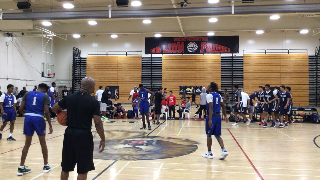 Vegas Elite gets the victory over ICAN All-Stars, 59-58