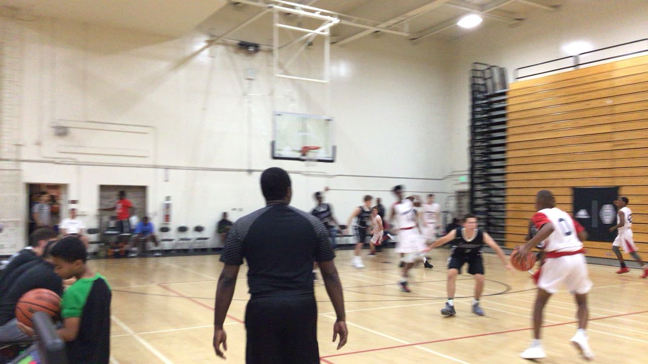 Lakeshow wins 60-46 over Sac Valley Renegades