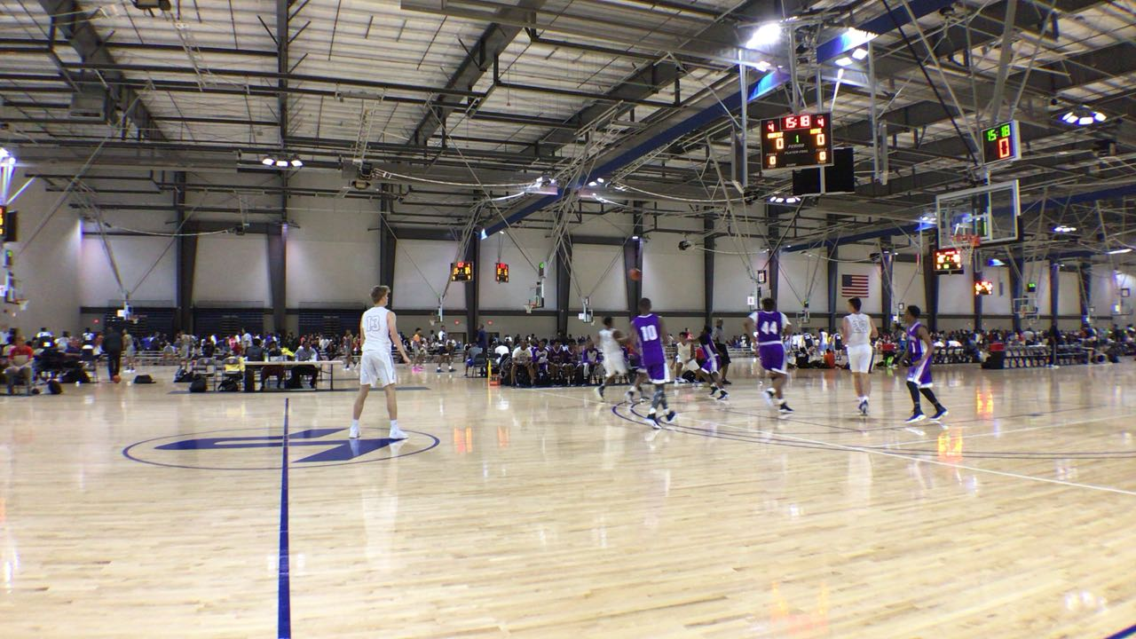 EAB Tigers emerges victorious in matchup against J Wright Warriors, 86-58