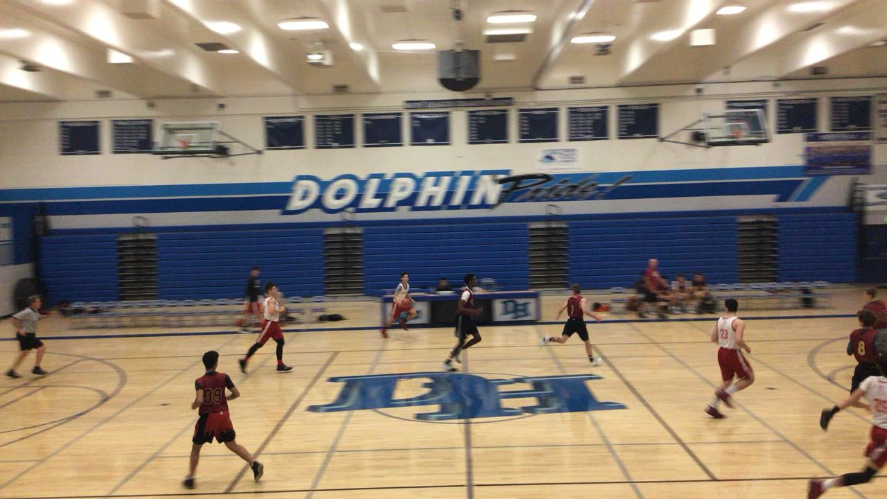 Orange Lutheran emerges victorious in matchup against Mission Hills, 59-58