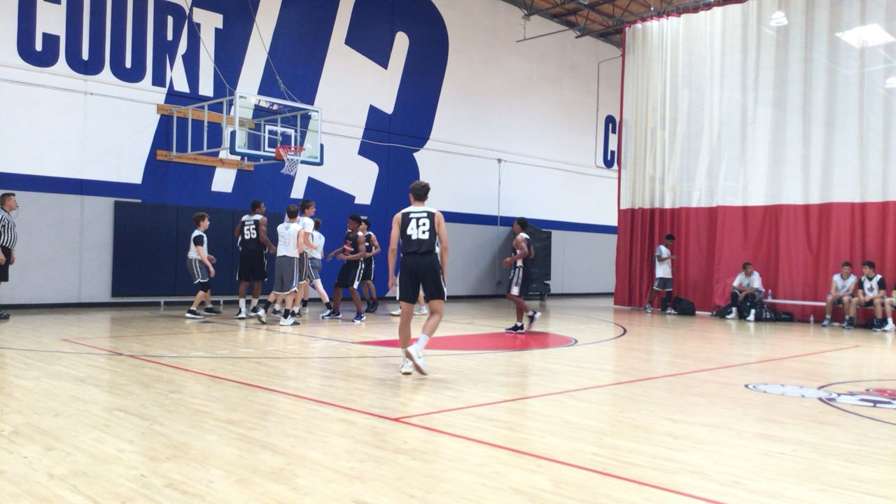 Mater Dei victorious over Game Tymers, 69-64