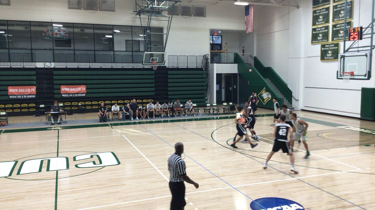 Buena Park puts down Mater Dei with the 71-67 victory
