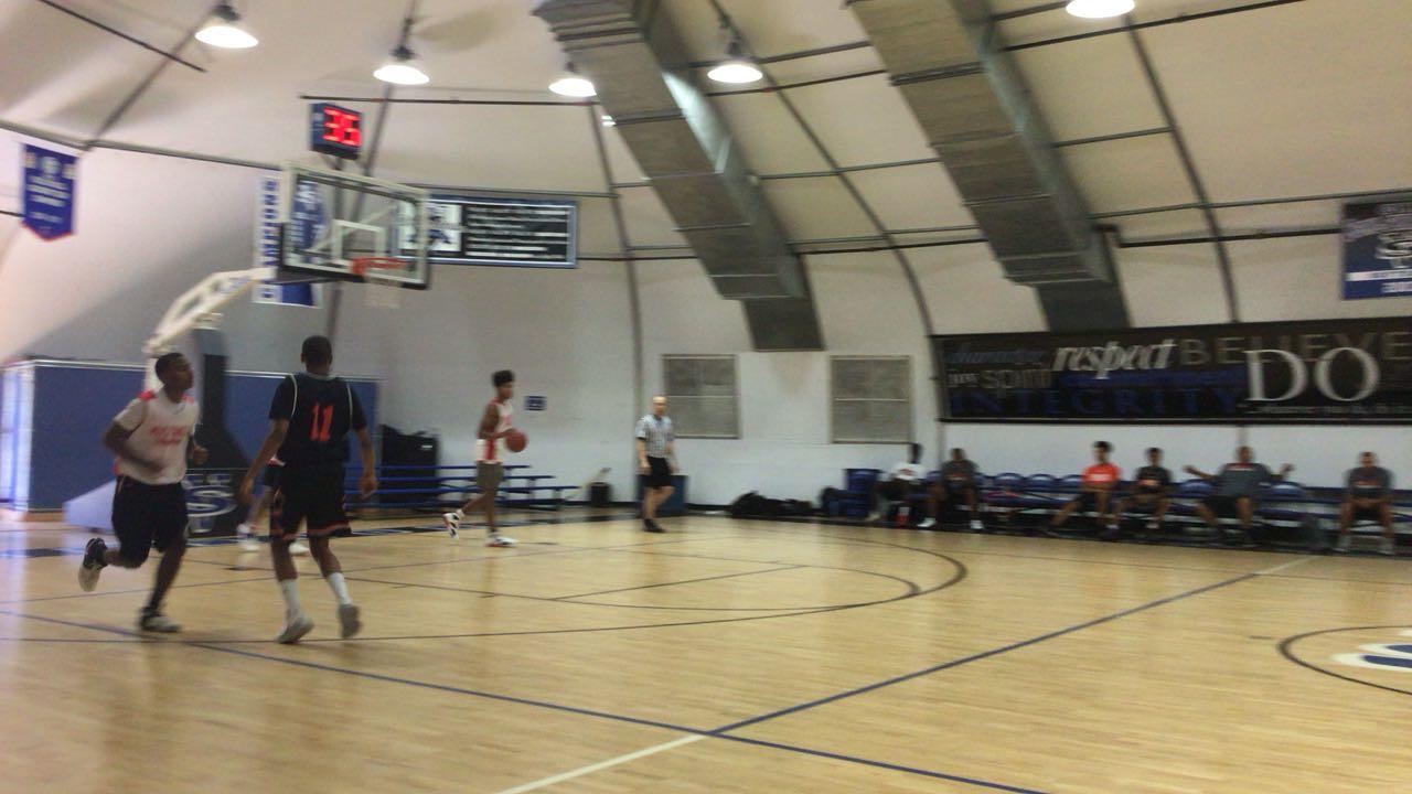 Rancho Verde defeats Balboa School, 61-60
