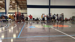LA Rockfish Grey emerges victorious in matchup against Team Jammin Elite, 56-54