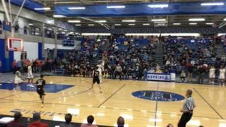 Iowa City West (IA) wins 65-62 over DeLaSalle