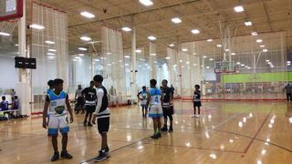 CAROLINA ELITE UA victorious over GARDEN CITY KINGS, 44-38