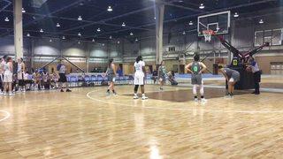 Philadelphia Belles (Blue Star Steidle) (16U) victorious over Central PA Elite (Thomas), 61-59