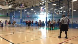 IL-Romeoville Lady Lightning 17 getting it done in win over IL-Infinity Sports 17, 37-33