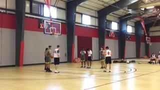 TNT Elite Hoops emerges victorious in matchup against Holiday Hoops, 64-52