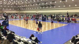 CROSSCOURT 18 (KE) (49) defeats Columbia Comets 18-1 (CH) (39), 2-0