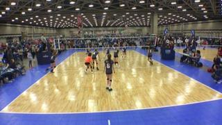 Things end all tied up between Ama Xtreme 14 Wayout (SU) and TAV Houston 14 White (LS)