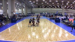 Things end all tied up between Integrity 12 Club Blue (NT) and Nola Nicole 12 (BY)