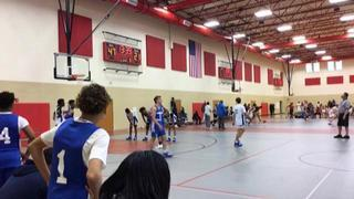 BLUFF CITY LEGENDS steps up for 59-38 win over HOWARD PULLEY