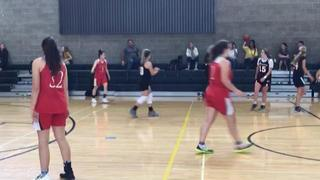 Pacific 15s defeats Monarchs Red, 56-55