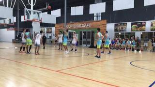 Colorado Titans Gold (1) getting it done in win over New Mexico D1 Ambassadors (2), 60-58