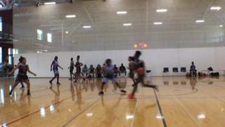 Chicago Lady Rebelz (IL) puts down Rise As 1 (MI) with the 39-32 victory